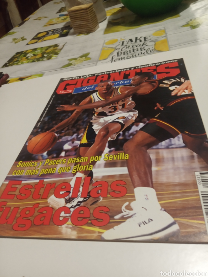 GIGANTES DEL BASKET N 573 (Coleccionismo Deportivo - Revistas y Periódicos - otros Deportes)