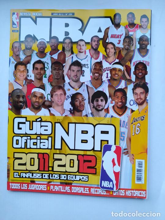 REVISTA OFICIAL NBA Nº 229. AÑO 2012. GUIA OFICIAL. TDKC75 (Coleccionismo Deportivo - Revistas y Periódicos - otros Deportes)