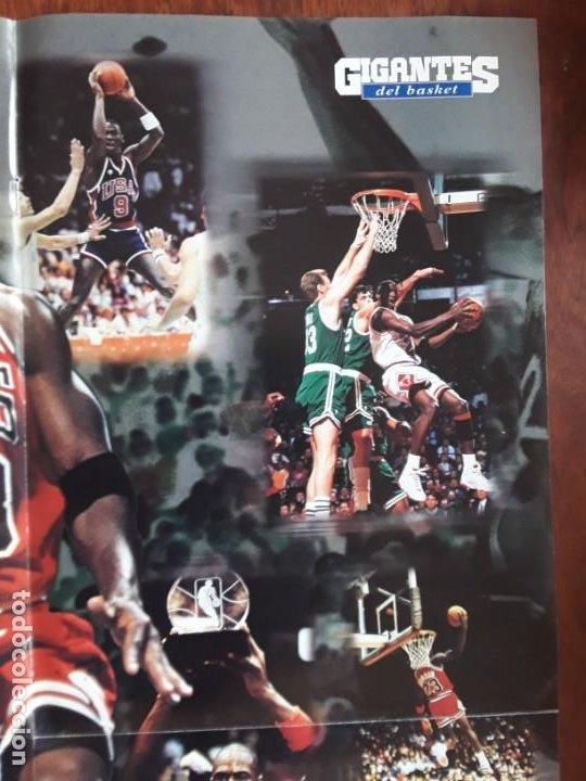 Coleccionismo deportivo: POSTER MICHAEL JORDAN MEDIDAS 41 X55 CM NUEVO SIN USO +REVISTA GIGANTES BASKET Nº 690 AÑO 1999 - Foto 4 - 219283775