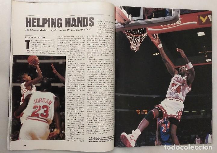 Coleccionismo deportivo: Michael Jordan - Lote de 14 revistas americanas Sports Illustrated, etc. (1989-98) + Especial - Foto 5 - 94283445