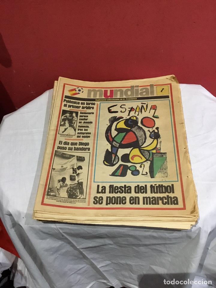 LOTE DE 31 NÚMEROS EL PERIÓDICO MUNDIAL 1982 . FALTAN 3 NÚMEROS PARA COMPLETAR LA COLECCIÓN DE 34 (Coleccionismo Deportivo - Revistas y Periódicos - otros Deportes)