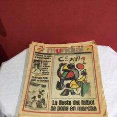 Coleccionismo deportivo: LOTE DE 31 NÚMEROS EL PERIÓDICO MUNDIAL 1982 . FALTAN 3 NÚMEROS PARA COMPLETAR LA COLECCIÓN DE 34. Lote 237138395