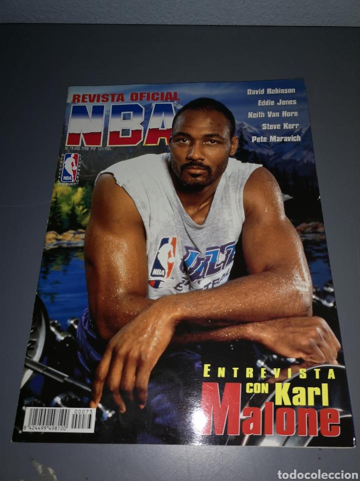 T1R45. REVISTA OFICIAL NBA. NUMERO 73. 1998 (Coleccionismo Deportivo - Revistas y Periódicos - otros Deportes)