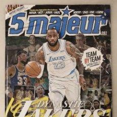 Coleccionismo deportivo: REVISTA ''5 MAJEUR'' - ESPECIAL DE LOS LAKERS - NBA - MAGIC, KOBE, LEBRON JAMES - CON PÓSTERS. Lote 264480054