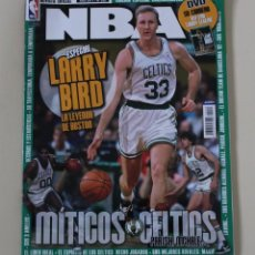 Coleccionismo deportivo: REVISTA OFICIAL NBA. Nº 228. LARRY BIRD Y BOSTON CELTICS BALONCESTO (2011). Lote 254394165