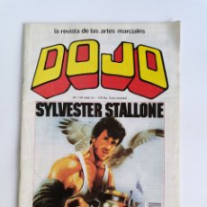 Coleccionismo deportivo: REVISTA ARTES MARCIALES DOJO SYLVESTER STALLONE N 119 CON PÓSTER GIGANTE. Lote 276279848