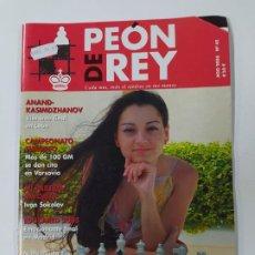 Coleccionismo deportivo: REVISTA PEON DE REY Nº 45. AGOSTO 2005. KOSTENIUK NUEVA CAMPEONA RUSA. AJEDREZ. TDKC117. Lote 287851843