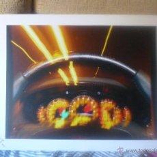 Coches: LOTE DE 3 FOTOGRAFIAS DE GRAN TAMAÑO TEMATICA COCHES, FIRMADA. Lote 40112491
