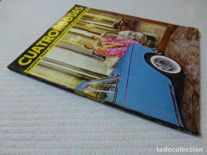 Coches: Revista Cuatroruedas. Nº 11. Año I. Noviembre de 1964 - Foto 2 - 160465166