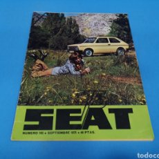 Coches: REVISTA SEAT NUM. 103 AÑO 1975. PÓSTER CENTRAL GAMA SEAT 133. Lote 194372888