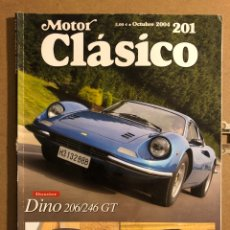 Coches: MOTOR CLÁSICO N° 201 (OCTUBRE 2004). DOSSIER DINO 206/246 GT, FORD THUNDERBIRD, MERCEDES. Lote 194638362