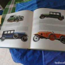 Coches: ENORME Y PRECIOSO LIBRO HISTORIA AUTOMOVILISMO BLUME 1965 NO HAY SOBRECUBIERTA MUY ILUSTRADO. Lote 221345246