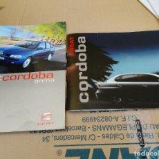 Coches: LOTE 2 CATALOGOS PUBLICIDAD ORIGINAL GAMA SEAT CORDOBA AÑO 2000. Lote 253365165