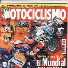 Coches y Motocicletas: REVISTA MOTOCICLISMO Nº 1767 AÑO 2001. COMPARATIVA: DUCATI 998, HONDA CBR 900 RR, KAWASAKI ZX 9R. Lote 22402657