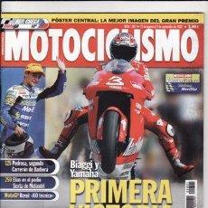 Coches y Motocicletas: REVISTA MOTOCICLISMO Nº 1801 AÑO 2002. COMPARATIVA: KAWASAKI ZXR 1200S, TRIUMPH SPRINT RS 955I,. Lote 22488424