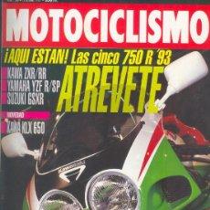 Coches y Motocicletas: MOTOCICLISMO 1286 OCT 1992, KAWA ZXR-RR/YAMAHA YZF R SP/SUZUKI GSXR, KAWA KLX 650, DOMINATOR/DR650. Lote 29005546