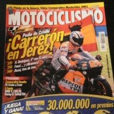 Coches y Motocicletas: MOTOCICLISMO Nº 1733 - MAYO 2001 - YAMAHA R1 / YAMAHA FAZER / HARLEY DAVIDSON FXST / BMW K 1200 RS. Lote 36622896
