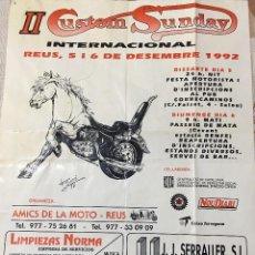 Coches y Motocicletas: CARTEL ORIGINAL Y DIBUJO FIRMADO POR DIBUJANTE F SIMÓ AÑO 1992 II CUSTOM SUNDAY EN REUS. Lote 58296675