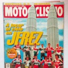 Coches y Motocicletas: REVISTA MOTOCICLISMO Nº 1523 AÑO 1997. COMPARATIVA: BMW K 1200 Y HONDA CBR 1100 XX.`POSTER GIGANTE. Lote 94803759