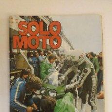 Coches y Motocicletas: REVISTA SOLO MOTO Nº 15 ORIGINAL AÑO 1975 INCLUYE EL POSTER. Lote 101092847