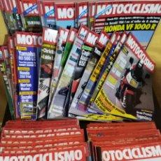Coches y Motocicletas: LOTE 98 REVISTAS MOTOCICLISMO Nº800-899 1983-85 COMPLETA COLECCIONISMO. Lote 130521344