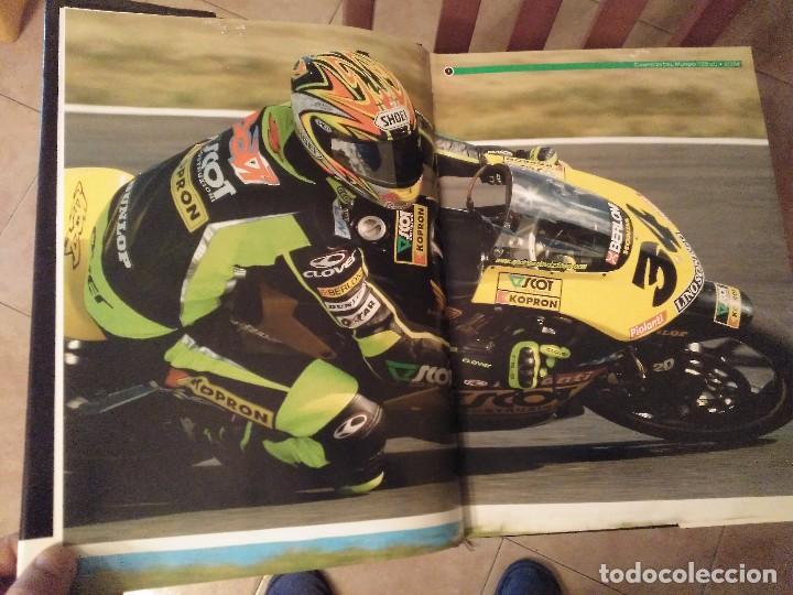 Coches y Motocicletas: ESPECTACULAR Y GRAN TOMO GG.PP. MOTOCICLISMO 2004 CAMPEONES DEL MUNDO 125,250 MOTO GP,MICHELIN... - Foto 3 - 142240762