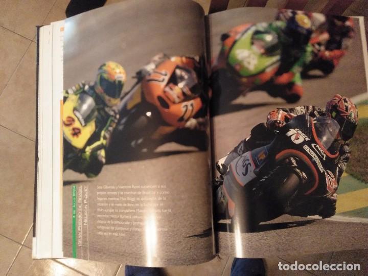 Coches y Motocicletas: ESPECTACULAR Y GRAN TOMO GG.PP. MOTOCICLISMO 2004 CAMPEONES DEL MUNDO 125,250 MOTO GP,MICHELIN... - Foto 27 - 142240762