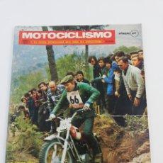 Coches y Motocicletas: REVISTA MOTICICLISMO ABRIL 1971 OSSA ENDURO 71 DERBI ANTORCHA AERMACCHI POSTER ALVARO BULTO BULTACO. Lote 156589904