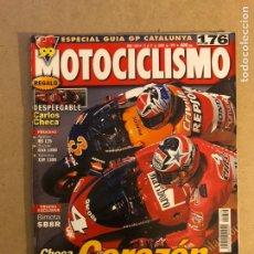 Voitures et Motocyclettes: MOTOCICLISMO N° 1634 (1999). POSTER CARLOS CHECA, BIMOTA SB8R, APRILIA RS 125, SUZUKI GSX 1200,.... Lote 160432950