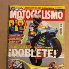 Coches y Motocicletas: MOTOCICLISMO N° 1807 (2002). ROSSI, ELIAS, PEDROSA, APRILIA RSV 1000 R, KAWASAKI Z1000, COMPARATIVA. Lote 160649601