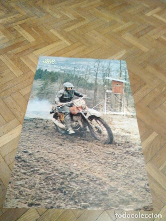 POSTER REVISTA SOLO MOTO ACTUAL AÑO 1976. ALAIN KULIGOWSKI. BULTACO. MEDIDAS 30X45 ARPOX. (Coches y Motocicletas - Revistas de Motos y Motocicletas)
