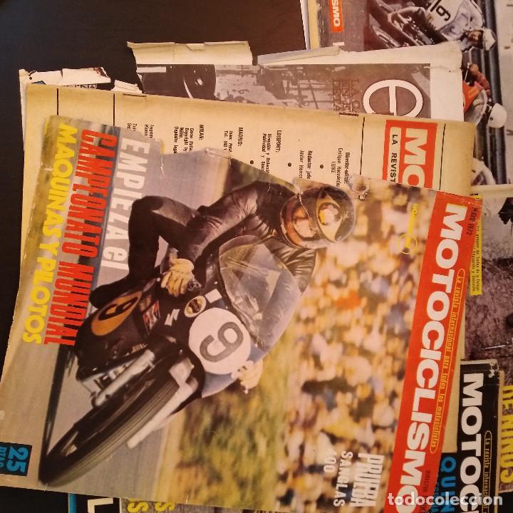Coches y Motocicletas: Motociclismo - 5 Revistas - 1972 - Con pósters - Campeonatos - Quincenales - Raras - Foto 9 - 166452674