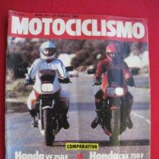 Coches y Motocicletas: REVISTA MOTOCICLISMO - Nº 841 - 25 FEBRERO 1984 - POSTER MIKE HAILWOOD.. Lote 173822965