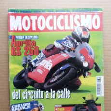 Coches y Motocicletas: MOTOCICLISMO 1393 APRILIA RS 250 PIAGGIO HEXAGON 150 BAKER BMW BOMBER R 1100 RS. Lote 175215918
