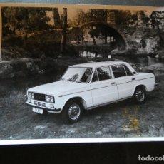 Coches y Motocicletas: FOTOGRAFIA PROMOCIONAL DE FABRICA SEAT 1430. Lote 177427038