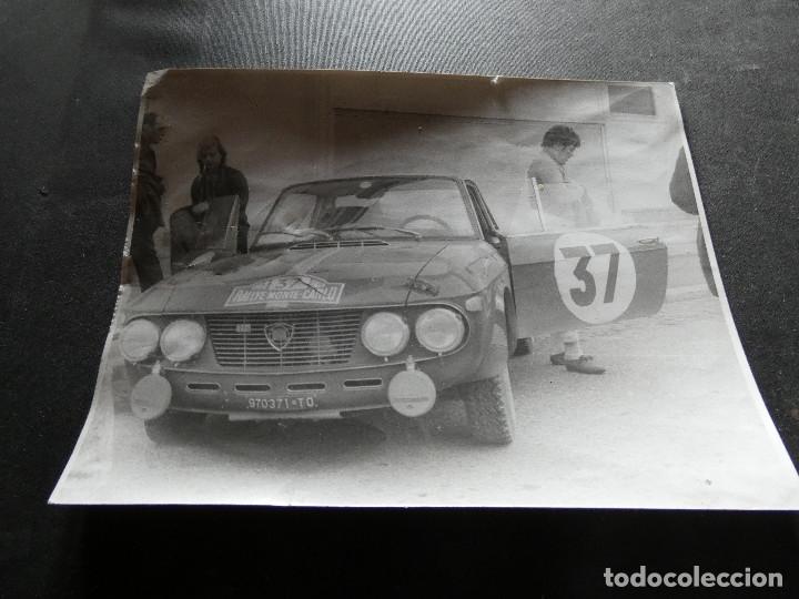 FOTOGRAFIA ORIGINAL DE LANCIA PROBABLEMETE GIULETTA EN RALLY DE MONTECARLO AÑOS 1968 (Coches y Motocicletas - Revistas de Motos y Motocicletas)