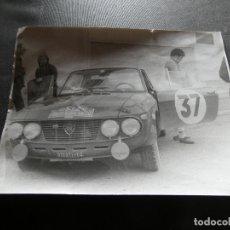 Coches y Motocicletas: FOTOGRAFIA ORIGINAL DE LANCIA PROBABLEMETE GIULETTA EN RALLY DE MONTECARLO AÑOS 1968. Lote 177457438