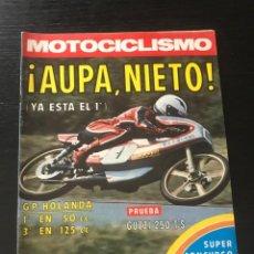 Coches y Motocicletas: MOTOCICLISMO Nº 466 - GP HOLANDA ASSEN MOTOCROSS BURGOS GILERA 75 GUZZI POSTER COSTER SUZUKI CECOTTO. Lote 213721783
