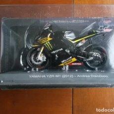 Coches y Motocicletas: MOTOCICLETA YAMAHA PARA COLECCIONISTAS YZR-M1 MODELO 2012 ANDREA DOVIZIOSO. Lote 264818604