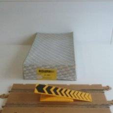 Scalextric: CAJA OBSTACULO TRAMPOLIN SCALEXTRIC/STS 4X4.. Lote 51802072