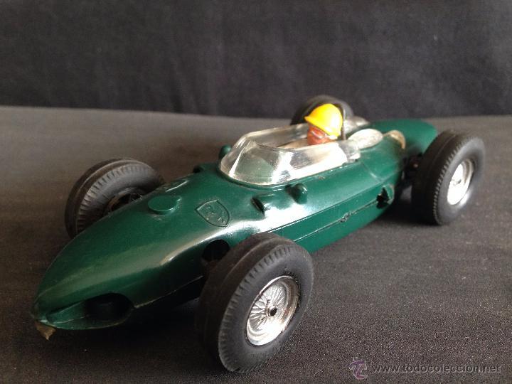 EXTRAORDINARIO COCHE FERRARI SCALEXTRIC VERDE AÑOS 60. (Juguetes - Slot Cars - Scalextric Exin)