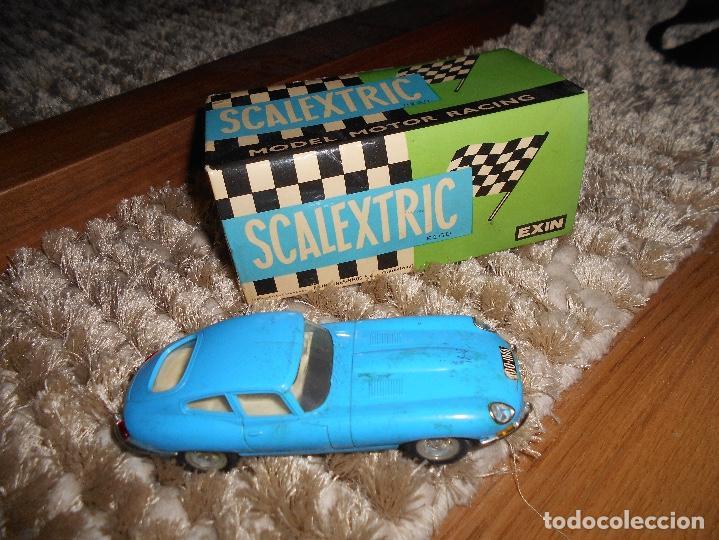COCHE DE SCALEXTRIC JAGUAR E C34 DE EXIN EN AZUL AÑOS 70 TODO DE ORIGEN CAJA ORIGINAL B.E. (Juguetes - Slot Cars - Scalextric Exin)
