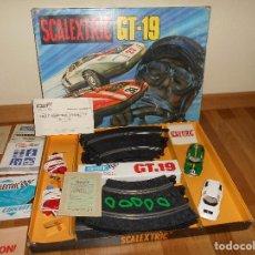 Scalextric: CIRCUITO GT 19 DE SCALEXTRIC EXIN CON LOS COCHES MERCEDES WANKEL C 111 CAJA PAPELES MIRA FOTOS RARO. Lote 100654955