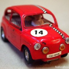 Scalextric: ANTIGUO SLOT CAR, SCALEXTRIC, SEAT TC 600, TRIANG, 1960S. Lote 108928083