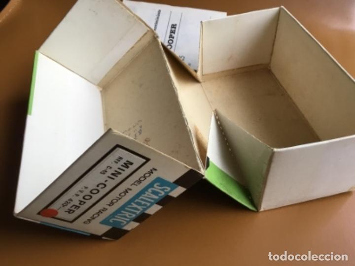 Scalextric: SCALEXTRIC EXIN. MINI COOPER ROJO CLARO . Con caja e instrucciones . Casco abierto. Muy bueno. - Foto 15 - 122192323