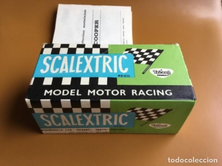 Scalextric: SCALEXTRIC EXIN. MINI COOPER ROJO CLARO . Con caja e instrucciones . Casco abierto. Muy bueno. - Foto 16 - 122192323