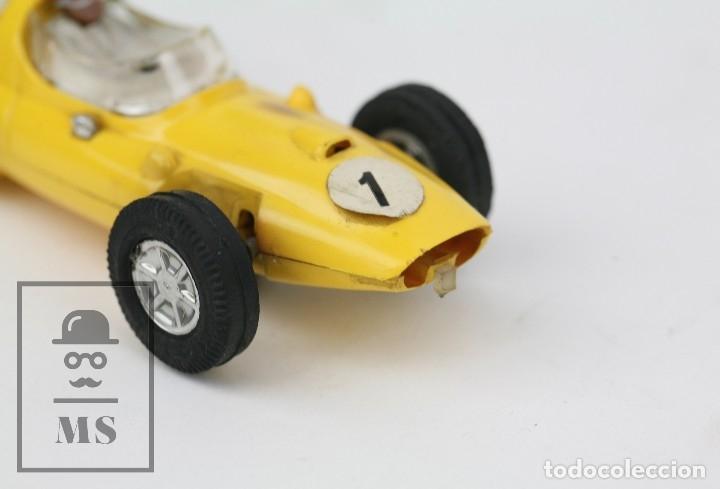 Scalextric: Coche Scalextric / Triang - Cooper Fórmula 1 - Amarillo - Años 60-70 - Piezas o Restauración - Foto 3 - 121340859