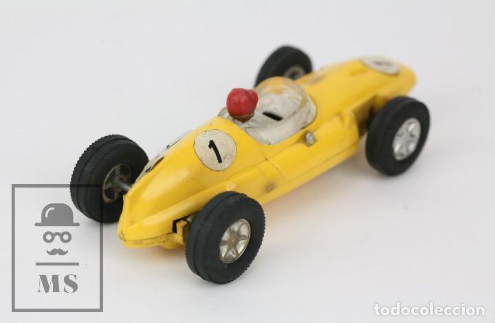Scalextric: Coche Scalextric / Triang - Cooper Fórmula 1 - Amarillo - Años 60-70 - Piezas o Restauración - Foto 5 - 121340859