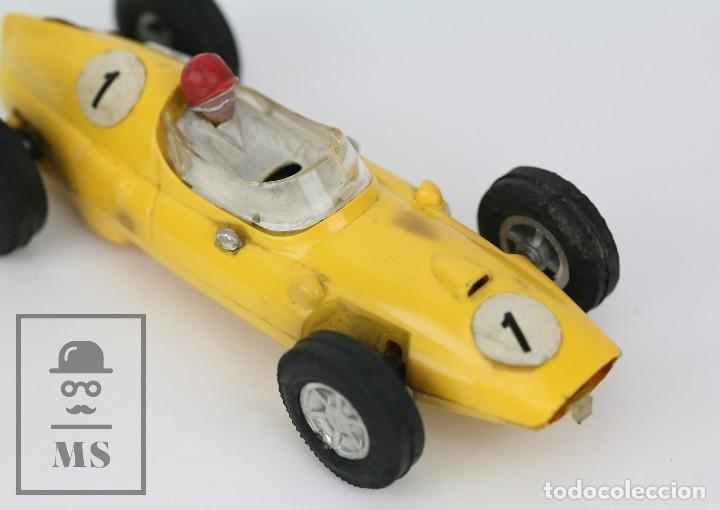 Scalextric: Coche Scalextric / Triang - Cooper Fórmula 1 - Amarillo - Años 60-70 - Piezas o Restauración - Foto 6 - 121340859