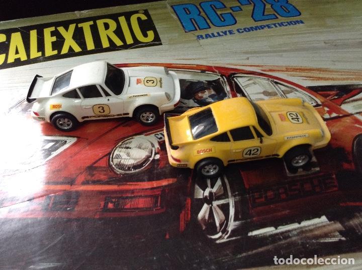 Scalextric: Circuito scalextric r c 28 exin con los dos coches - Foto 11 - 132456270